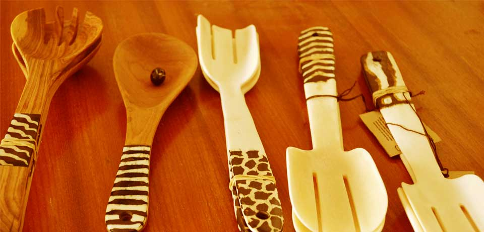 BEMOS CRAFTS DEVELOPERS; camel bone and wooden salad servers